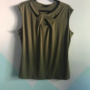 Attention sz XXL plus size top army green
